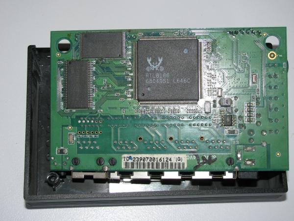 WA-2204B inside - RTL8186